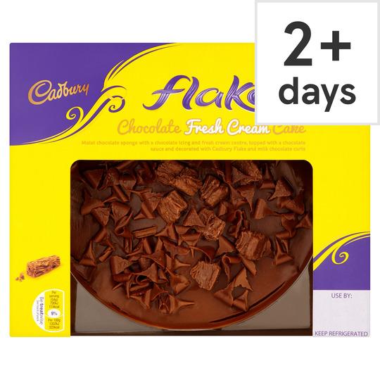 Cadbury Flake Chocolate Fresh Cream Cake 430G