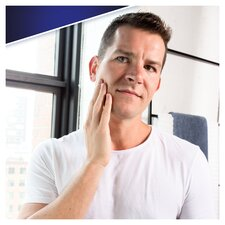 image 2 of Gillette Skinguard Sensitive Razor