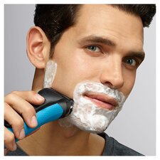 image 2 of Braun 3010Bt Shave And Style Shaver