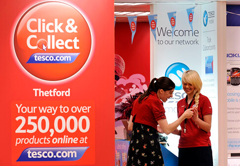 Customer collecting Click+Collect order