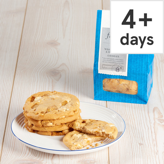 Finest White Chocolate & Honeycomb Cookie 4 Pack