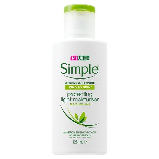 Simple Kind To Skin Protecting Light Moisturiser Spf 15 125Ml