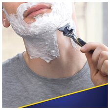 image 3 of Gillette Fusion Proshield Razor With Flexball Technology