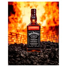 image 3 of Jack Daniel's Tennessee Whiskey 1L