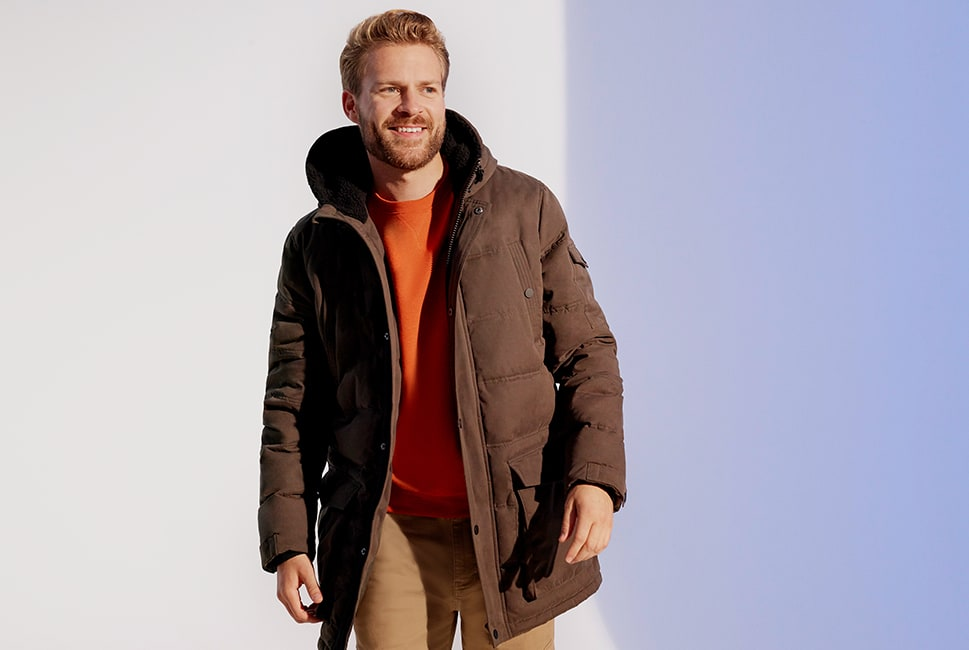 Hooded parka-style zip-up coat with multi pockets