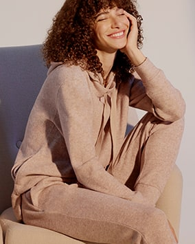 Oatmeal hoodie with matching jogging bottoms