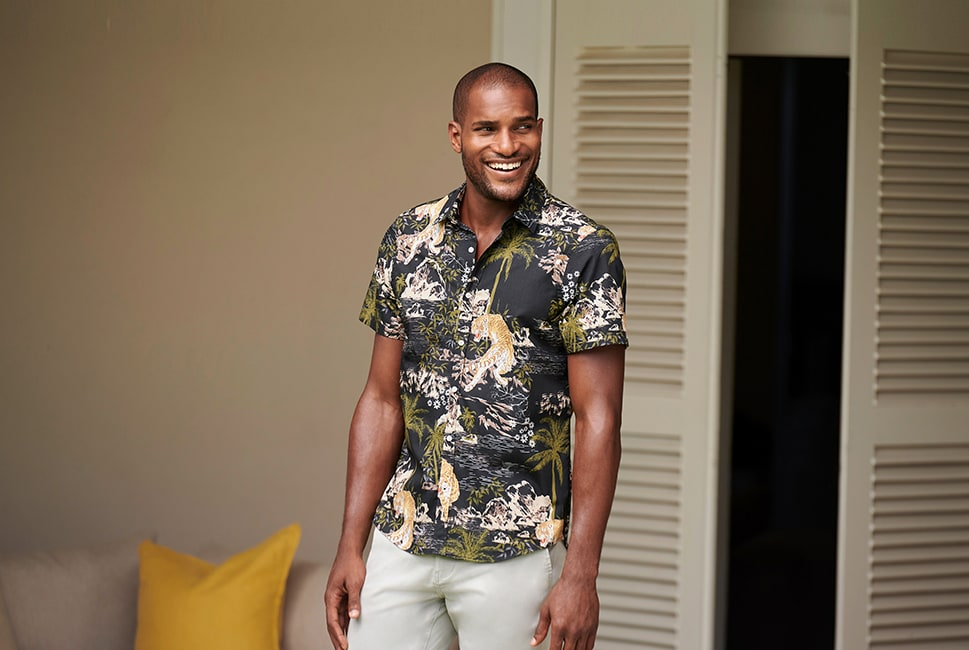 Short sleeve dark grey shirt with Japanese-style tiger, palm tree and mountain print