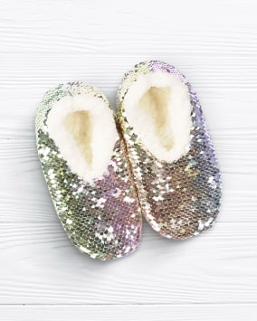 Allover sequin slippers with a white fleecy lining